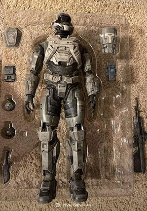 HALO Spartan Mark V Commando by Ashley Wood, 3A Toys