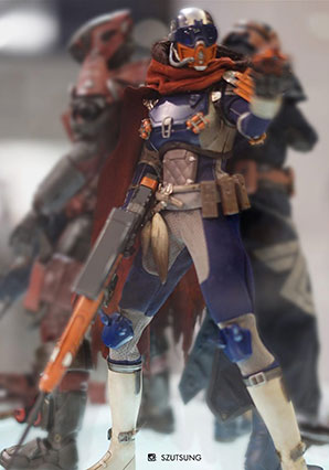 Destiny Hunter Autumn Splendor Shader by Ashley Wood, 3A Toys