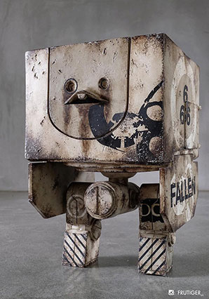 Mighty Square Sand Devil 666th - WWR - Ashley Wood