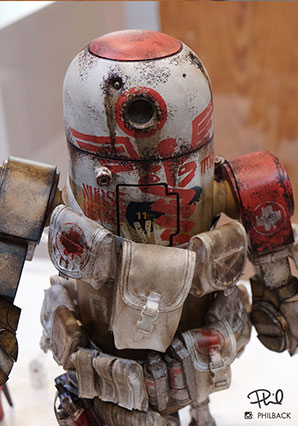 ROBOT CLUB One - Nurse Bertie MK2 - WWR - Ashley Wood